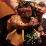 「bistrosimba(ビストロシンバ)」(宝町・新富町・銀座)の旬の食材を使った各料理はどれも絶品。その技・味に打ちのめされ、うなるように「まじかよ」と声を漏らすことしかできませんでした