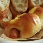"""パン屋さん「BOLSO(ボルソ)」(学芸大学・駒沢大学/世田谷区野沢3丁目)は""""カワおいしい""""パンがいっぱい!普段使いできるパン屋さんです。"""