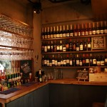 「ピッツァ&ビュッフェバル ESOLA(エソラ) 学芸大学店」がオープン。ワイン飲み放題、メニューのグラム売りが大きな特徴です