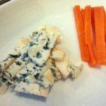 「チーズ専門店 ユーロアール(Euro Art)」(学芸大学)のチーズは最適に熟成されていて個性豊か。ワインはもちろん日本酒にもピッタリ!スリーズベールと益荒男 山廃純米 極のマリアージュがえげつなかった
