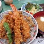 武蔵小山の「天ぷら ハトヤ」の上天丼は安くてボリュームがあっておいしくて、お父さんと娘さんの連携が見事でした~美人若女将(?)への勝手な期待
