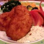 「レストラン サンライズ」(学芸大学)は地元の人たちに愛されている昔ながらの洋食屋さん。カニクリームコロッケが絶品です。