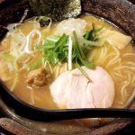 「濃厚鶏そば たけいち 学芸大学店」は濃厚な鶏白湯スープがやみつきになるラーメン店。昼から深夜までやっているのも重宝です。