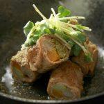 日本三大七味のひとつ「八幡屋礒五郎(やわたやいそごろう)」の6種の七味が味わえる「いつでも七味セット」は使い切りサイズで常にフレッシュな風味。プレゼントにもピッタリ!