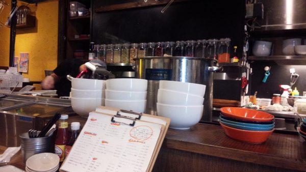 49-asian-kitchen-barの画像