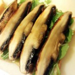 学芸大学のパン屋「TRASPARENTE(トラスパレンテ )」の食パンとバタールで、超巨大マッシュルーム(portabello/portabella)のサンドウィッチを作ってみたら、キノコ感がやばかった