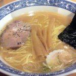 「中華そば 青葉 学芸大学店」はラーメンの標準子午線。動物系&魚介系のWスープの元祖は、刺激のインフレに疲れた私たちをいつでも癒してくれます。