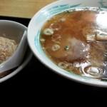 中華料理 二葉(学芸大学)はタンメンで有名なアンニュイな雰囲気のおいしい街場の中華料理店。「きたなトラン」で二葉の優しさが見えました