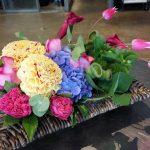 「花善(はなぜん)」(学芸大学)はオシャレなフラワーアレンジメントで人気のお花屋さん。誕生日、結婚祝い、開店祝い、周年祝いと、さまざまなシーンで利用されています