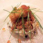 「鮨 ほまれ」(浅草・田原町)の技が光る赤酢の寿司にうなり、大将の軽妙なトークでなごみました。手の込んだ前菜、小鉢も絶品!