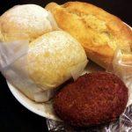 「HOROKUDO(宝録堂)」(武蔵小山・西小山)のパンは安定感があってリーズナブル。毎日でも利用できるパン屋です/宝録堂とサンエトワール(山崎製パン)