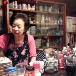 「季節料理 からかさ」(祐天寺・学芸大学)で聞こえてくる昭和の汽笛~ご年配方が寄り合う家のごとき食事処/居酒屋で、昔の五本木界隈の話、太平洋戦争の話を肴にお酒をチビリ