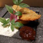 戯れの松野~学芸大学の寿司屋「松野」は店主と一緒に料理を楽しむ店。こだわりの詰まった料理には和洋中のテイストが感じられ、そのアイデアに驚きの連続でした