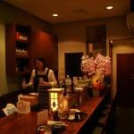 """中川(学芸大学)は小料理のある小さな居酒屋。口は悪いが情に篤い""""学大の姐御""""が楽しいお店です。"""