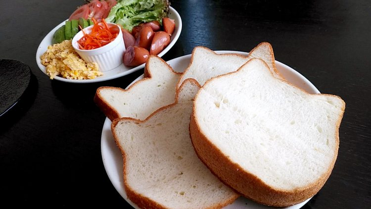 かわいくておいしい猫型のねこねこ食パンnekonekoの画像