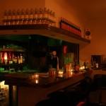 学芸大学駅から徒歩15秒。ニューオープンしたバー「Bar shelter(シェルター)」で飲んだラムも店主も甘めでまったり